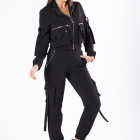 dopasowane spodnie bojówki z ozdobnymi kieszeniami po bokach